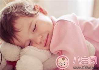 宝宝早上不睡觉 宝宝半夜不睡觉的说说感慨